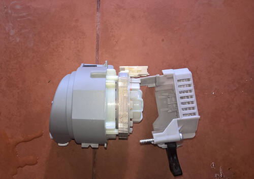 Trở đun nóng bị hỏng là nguyên nhân khiến máy rửa bát Bosch báo lỗi E09