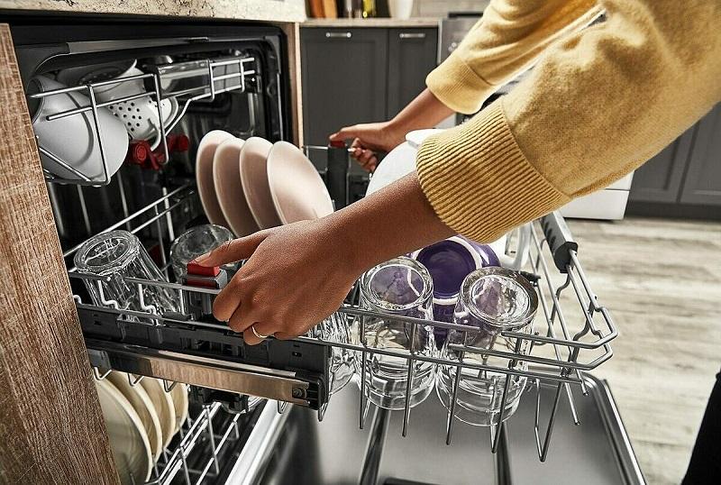sắp xếp các vật dụng trước khi rửa